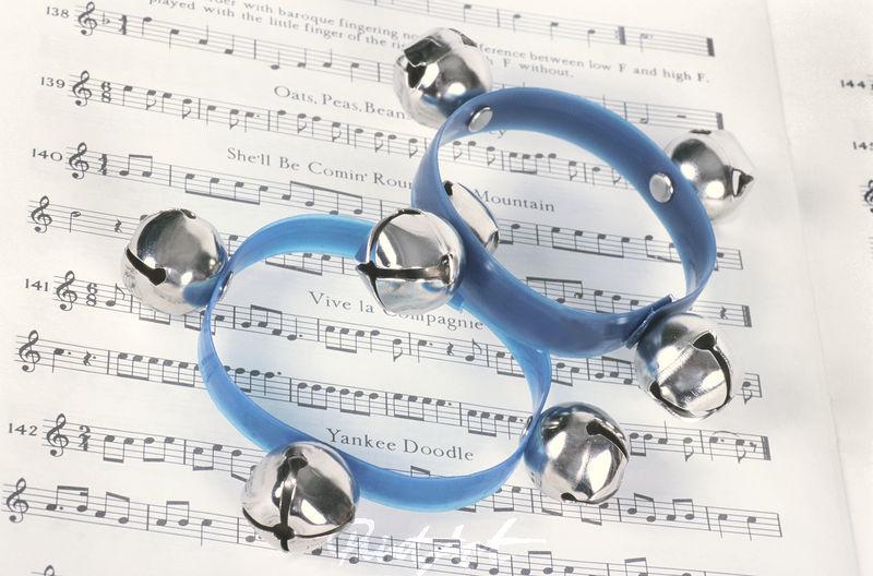 Schellen Musikinstrumente