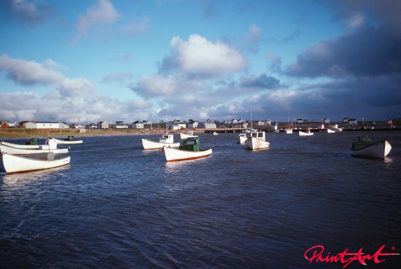 kleine Fischerboote auf Meer Strände