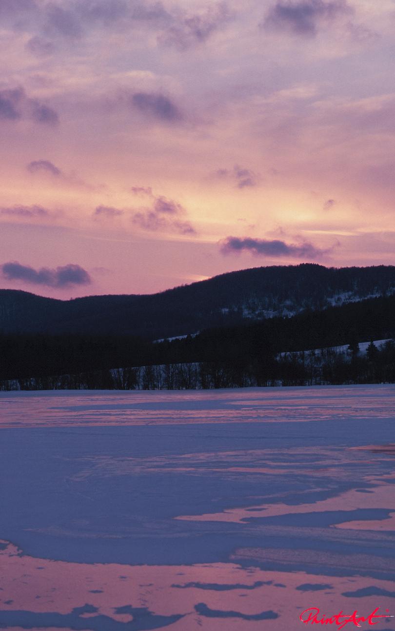 in violett Berge