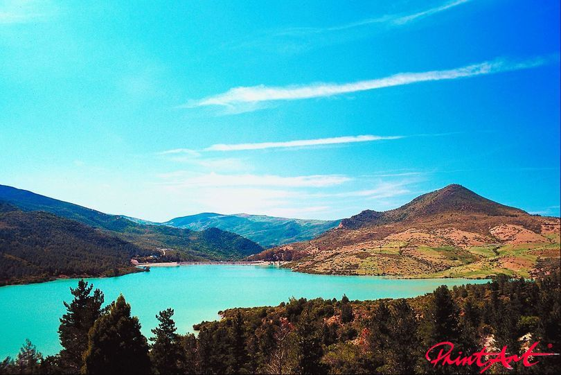 strahlend blau Berge