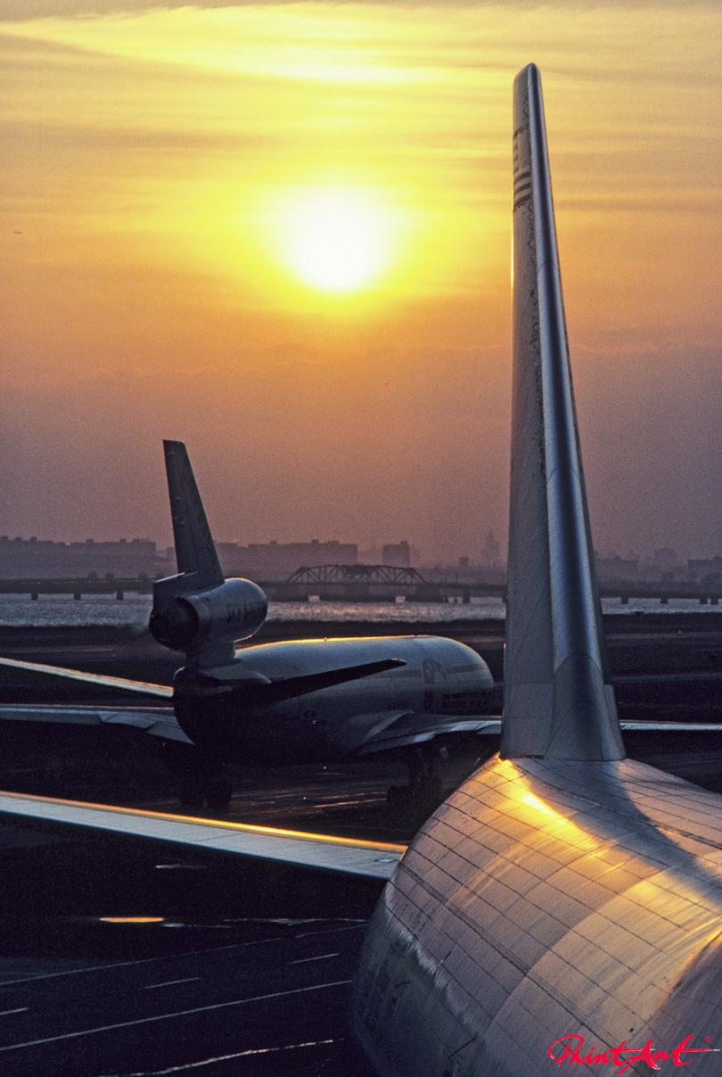 Flugplatz Abendstimmung Flugzeuge