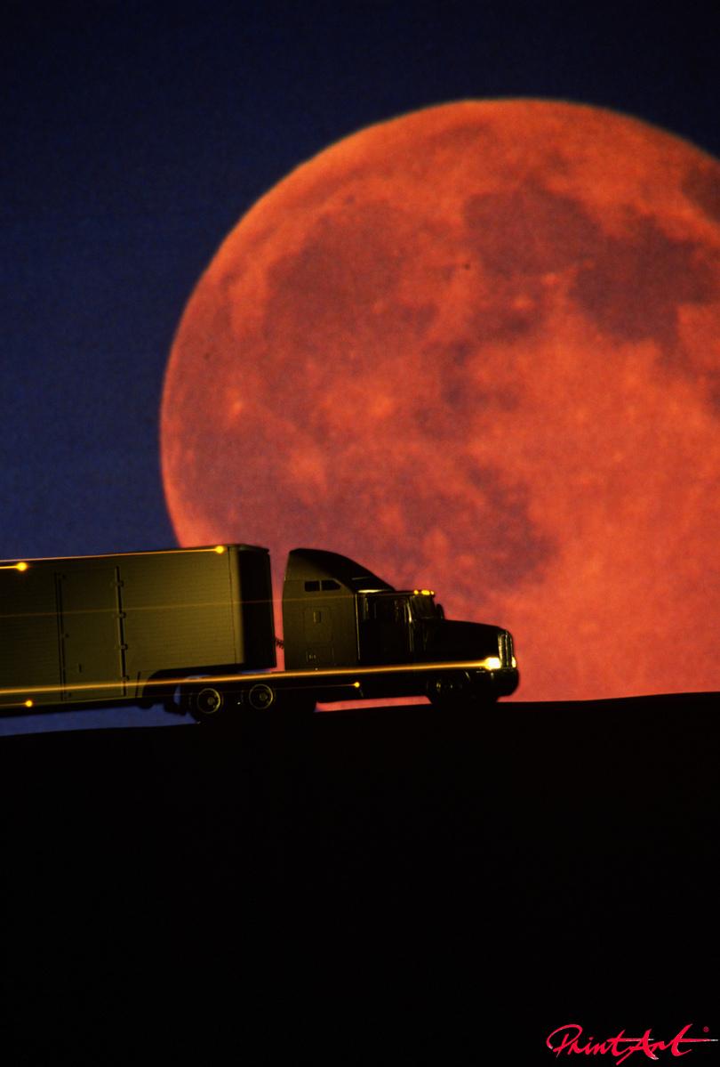 Truck im Sonnenuntergang Trucks